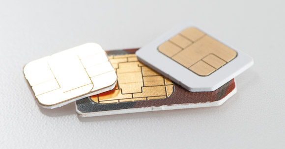 More iPhone 5 Problems, This Time SIM Cards