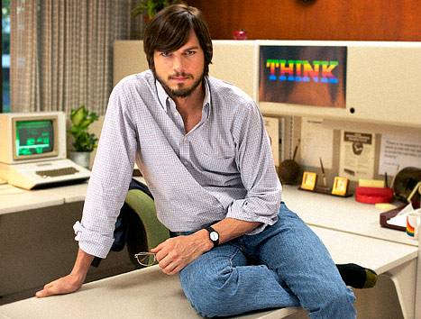 Ashton Kutcher's Unbelievable Makeover as Steve Jobs (PHOTO)