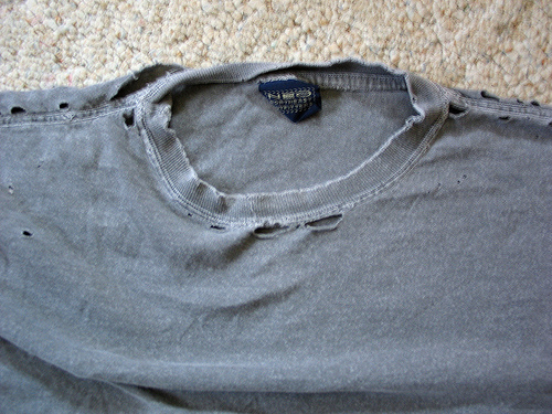 3 Ideas On How To Re-Use Old Tee Shirts