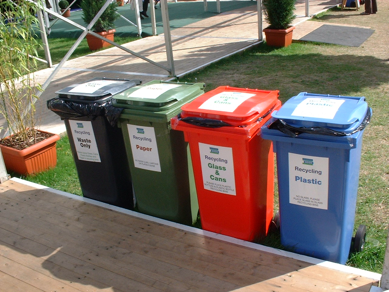5 fun ways to teach kids the importance of recycling
